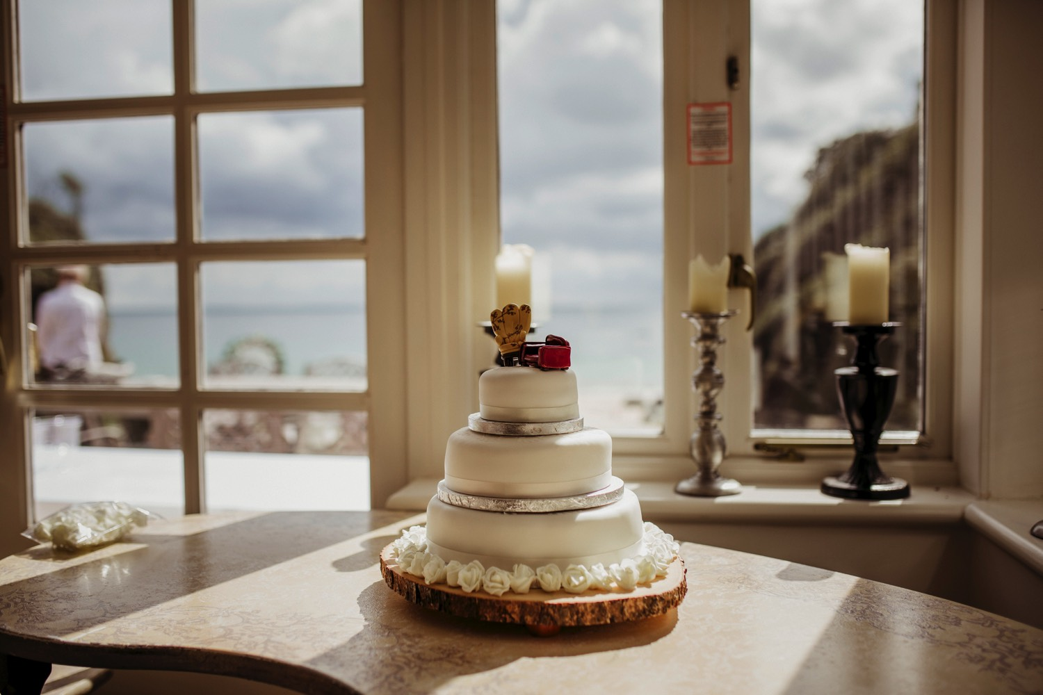 Waterwynch House wedding Tenby KA7.jpg