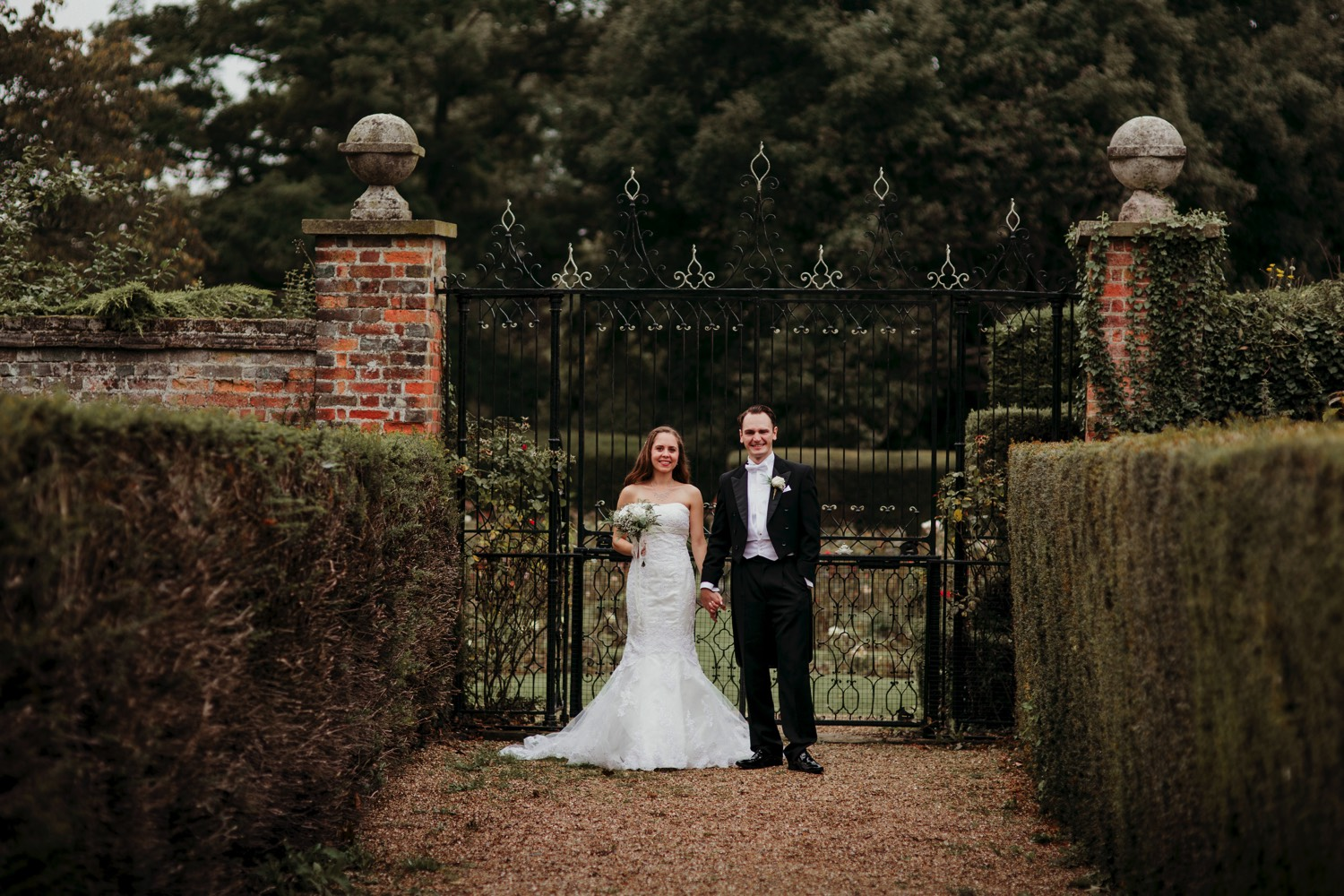 Offley-Place-Country-House-Hotel-Hitchin-wedding-JJ30.jpg