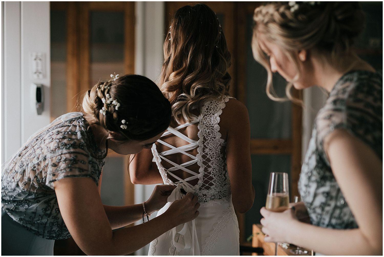 Southend Barns wedding Sussex_0011.jpg