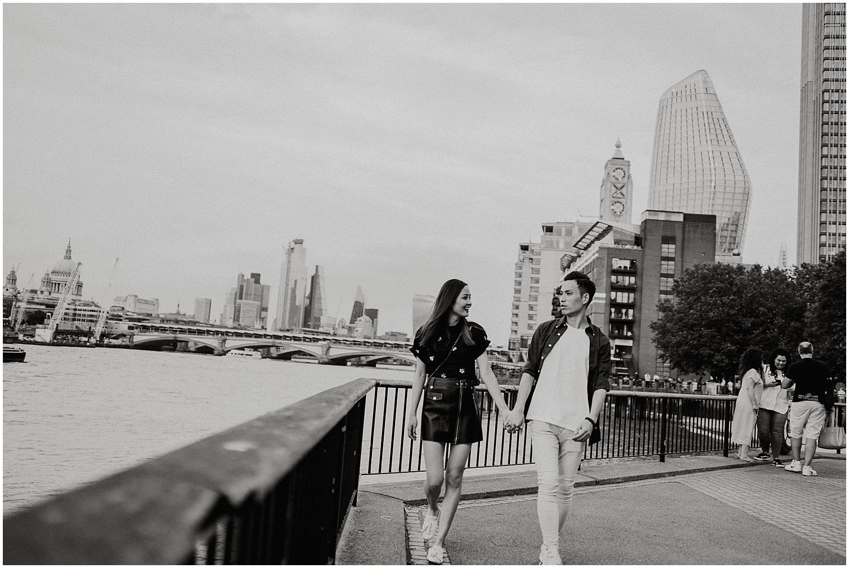 London Southbank engagement shoot_0006.jpg