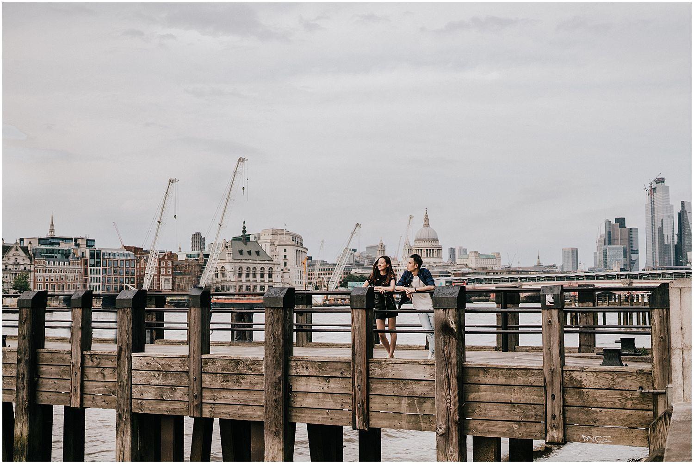 London Southbank engagement shoot_0007.jpg