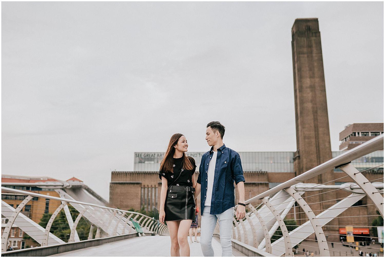 London Southbank engagement shoot_0019.jpg