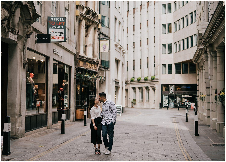 Leadenhall Market London engagement shoot14.jpg