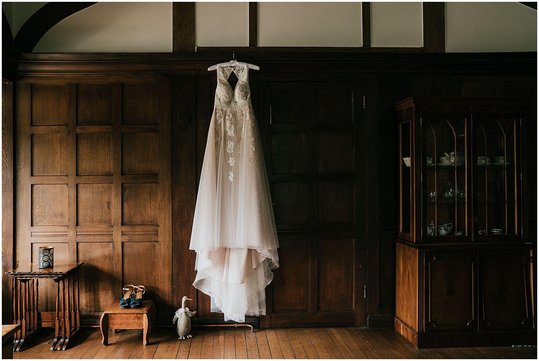 Langshot manor Surrey wedding_0093.jpg
