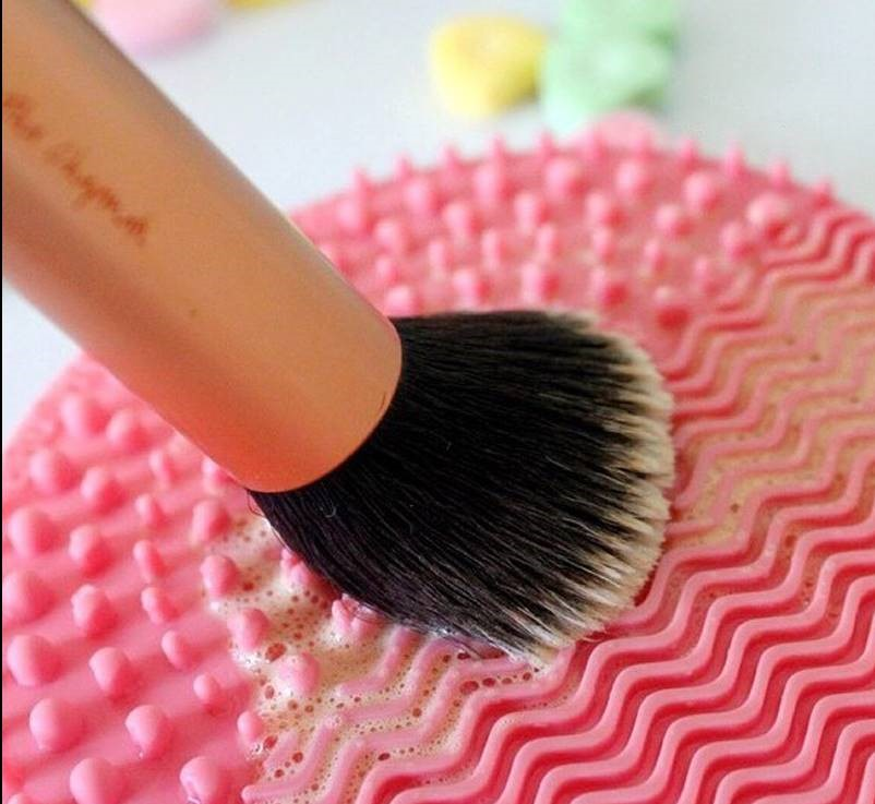 makeup mat.jpg