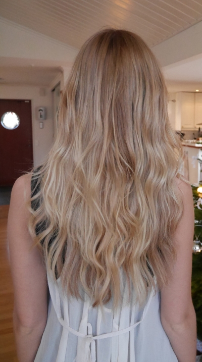 Soft färgad blondin med Kevin murphys mjuka toner och hairtalk extensions