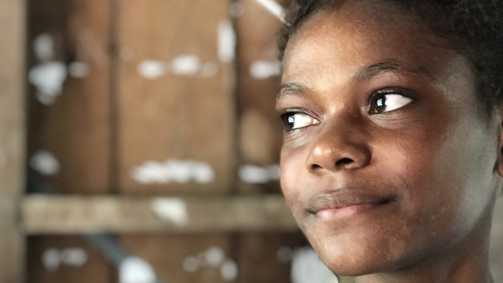 Cathy is from the island of Santa Catalina in Makira province. The low laying atoll is rapidly eroding as a result of sea level rise and the community is facing hard choices trying to feed a growing population with reduced arable land.