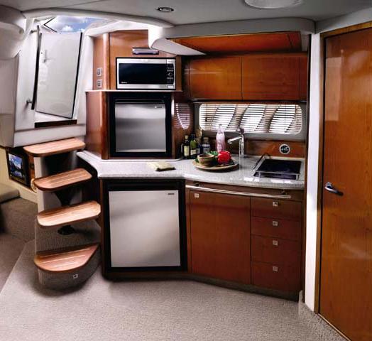 coast-yacht-charter-searay-380-sundancer-5.jpg