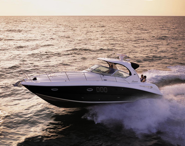coast-yacht-charter-searay-380-sundancer-4.jpg
