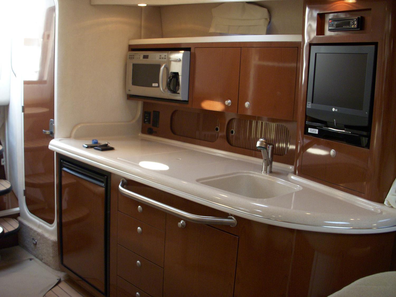 coast-yacht-charter-searay-340-sundancer-9.jpg