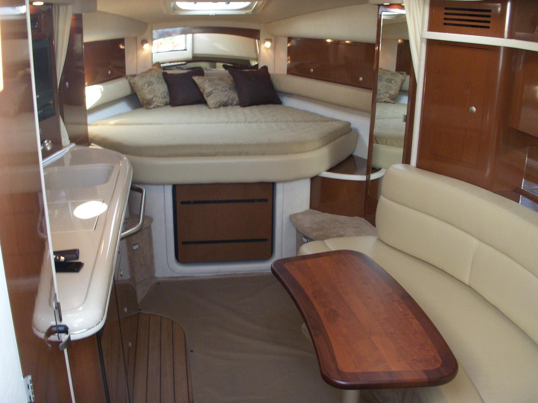 coast-yacht-charter-searay-340-sundancer-12.jpg