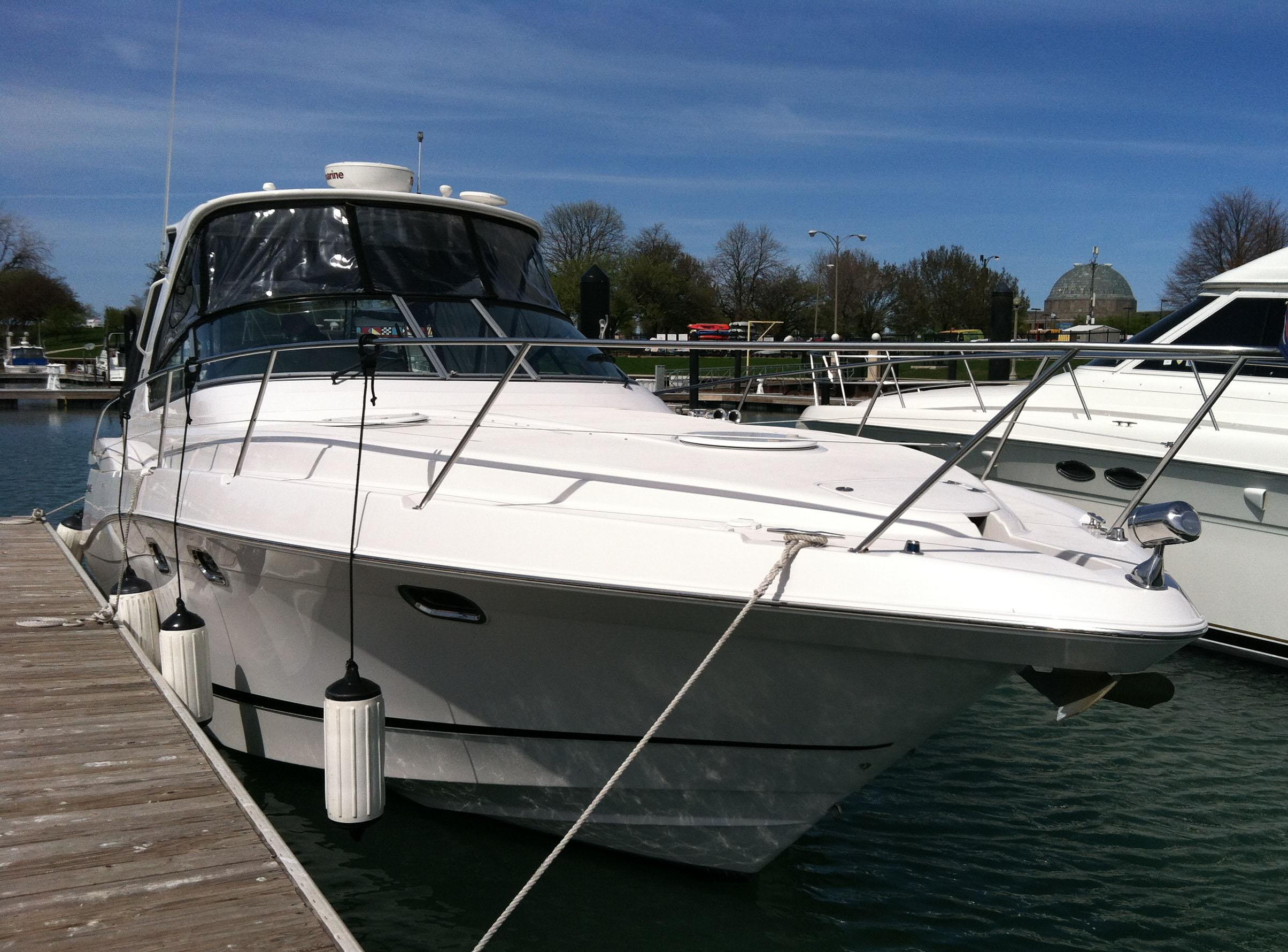 coast-yacht-charter-fourwinns-v378-vista-2.jpg