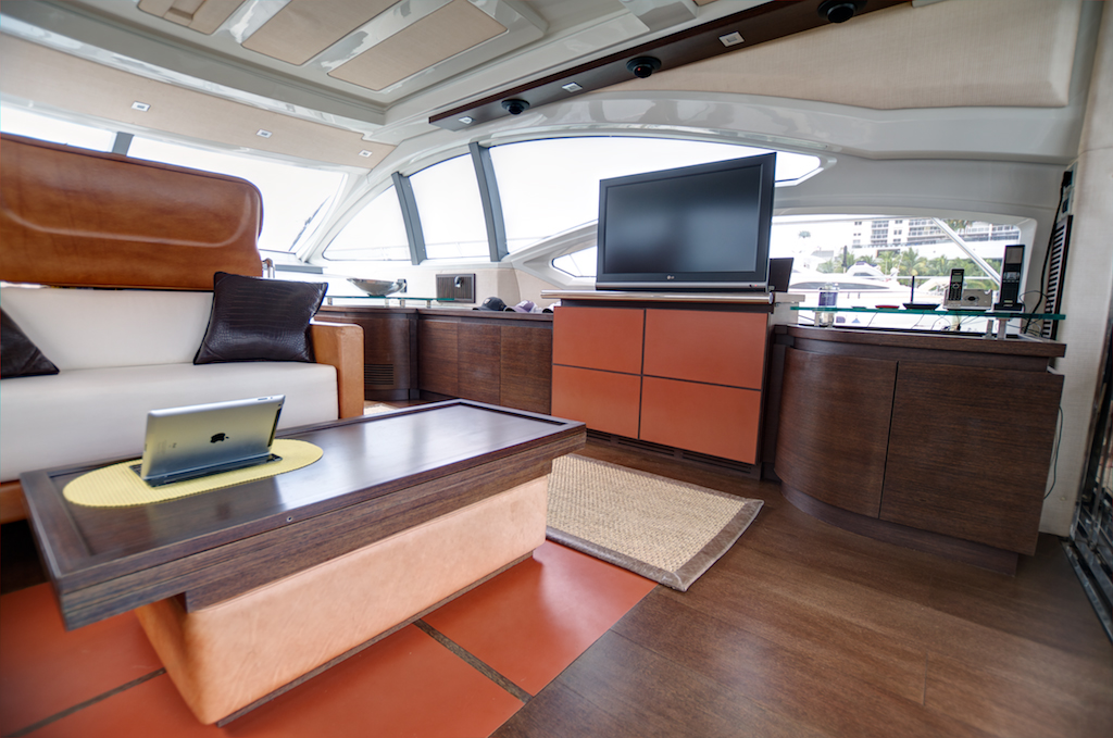coast-yacht-charter-membership-fractional-lease-share-boat-club-62-azimut-9.jpg