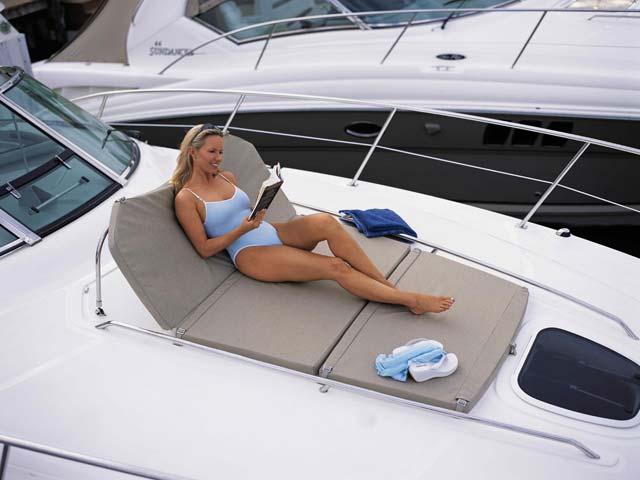coast-yacht-charter-searay-380-sundancer-10.jpg