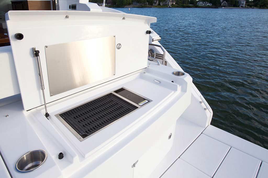 Coast-Yachts-Cruisers-Cantius-46-yacht-charter15.jpg