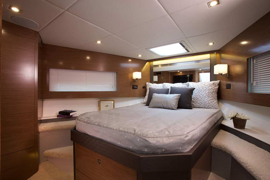Coast-Yachts-Cruisers-Cantius-46-yacht-charter19.jpg