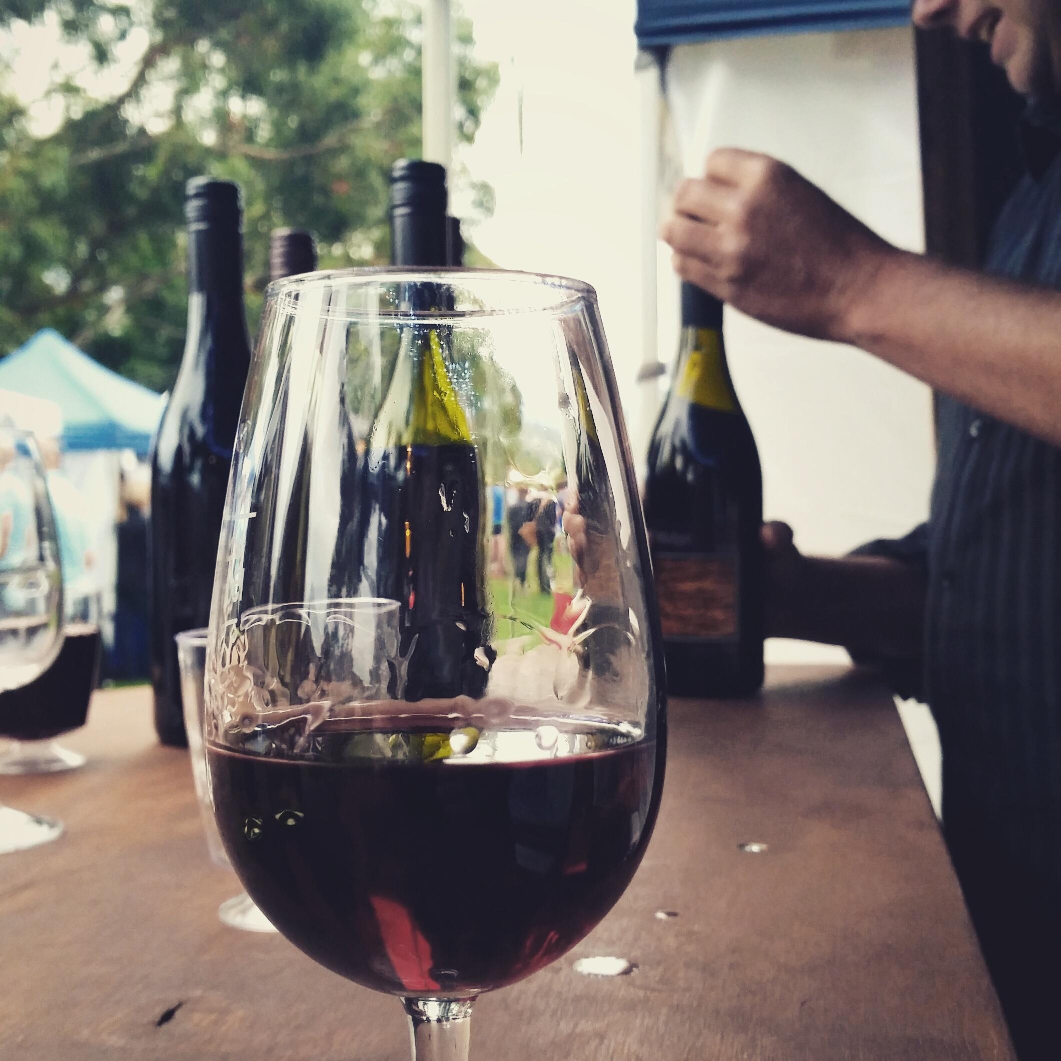 Tickleback Ridge wine time every summer at the Hobart Twilight Market.