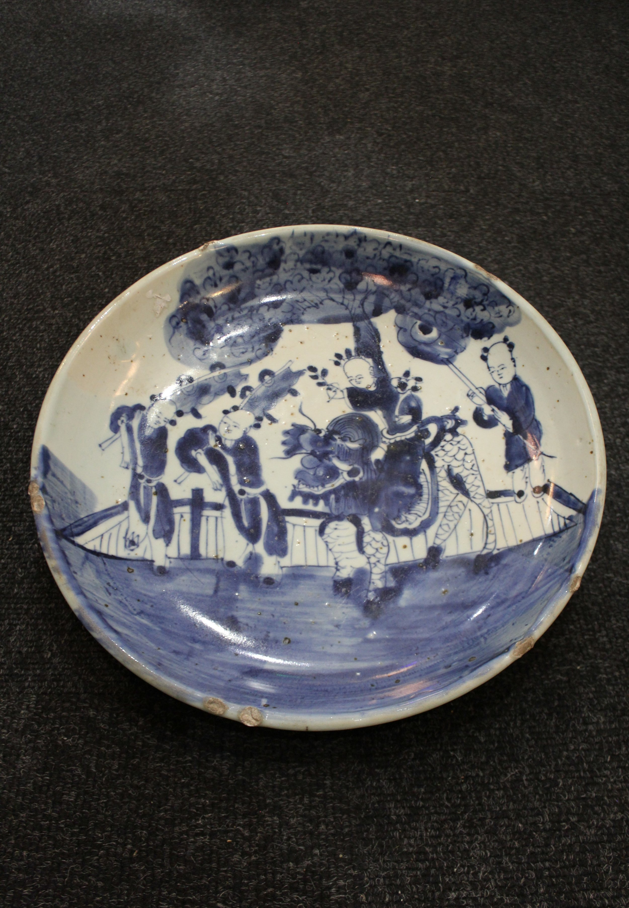 blue and white plate.JPG