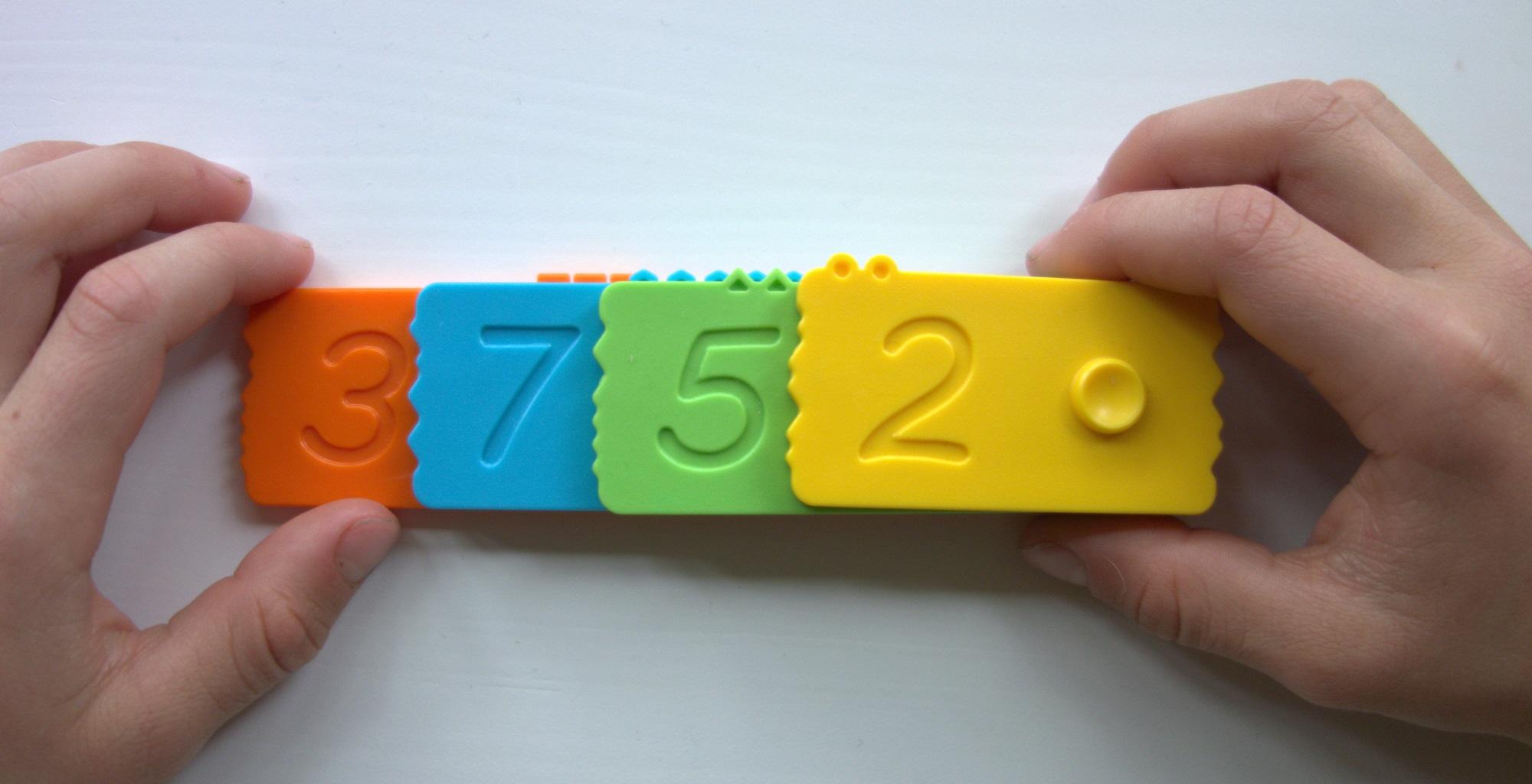 Decimal_math_newmero_bricks.jpg