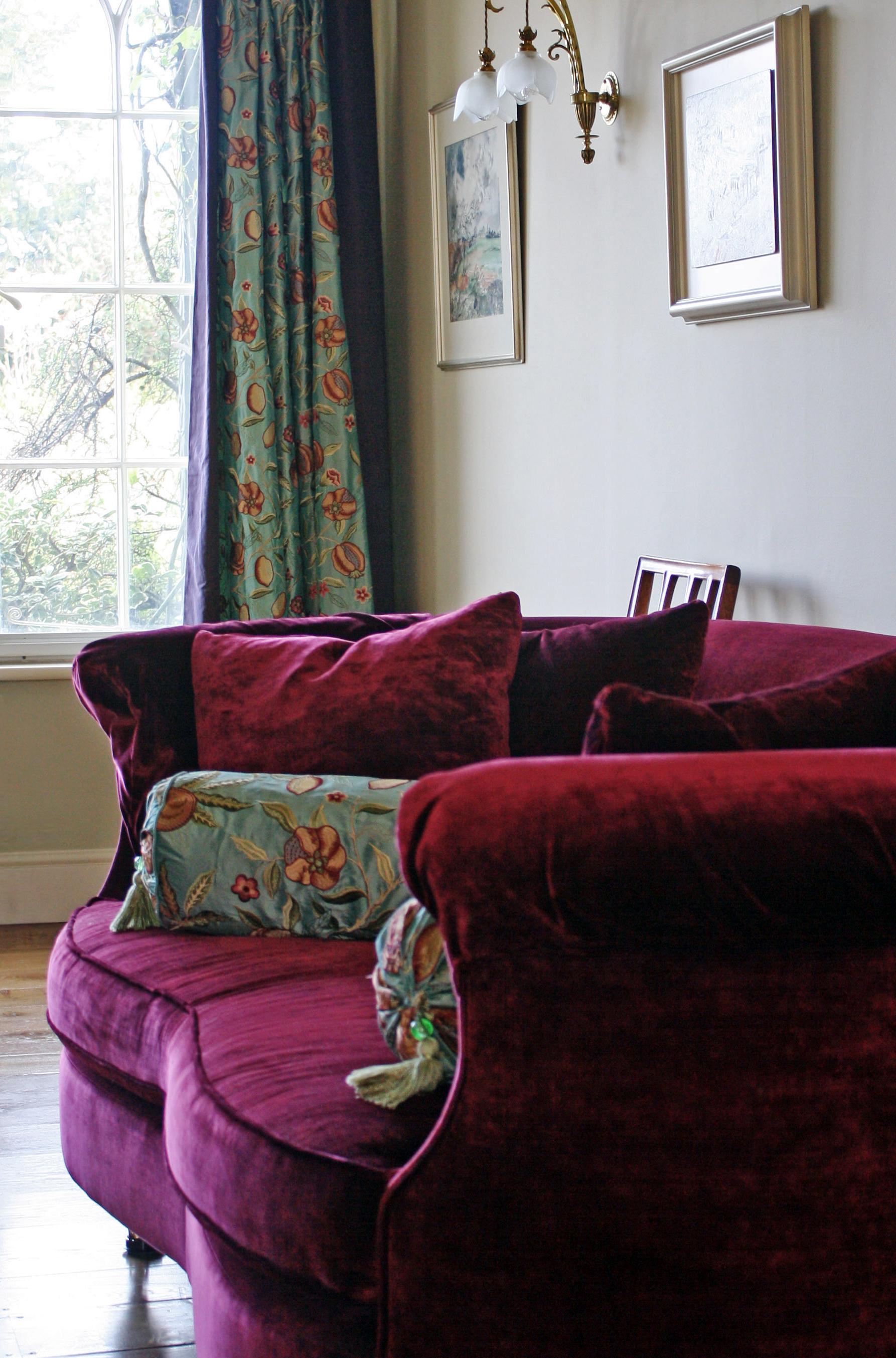 Lewes Cranberry room crop copy.jpg