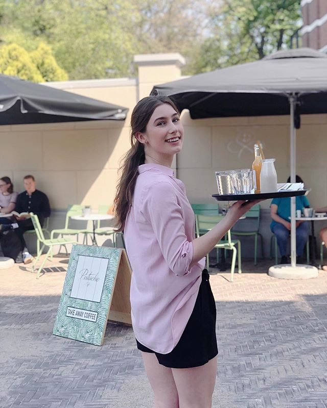 We loved having sunny days last week. We can't wait for the summer! ☀️ #pistachecafe #brunch #breakfast #lunch #denhaag #breakfastplaceindenhaag #thehague #pistache #zomerindenhaag