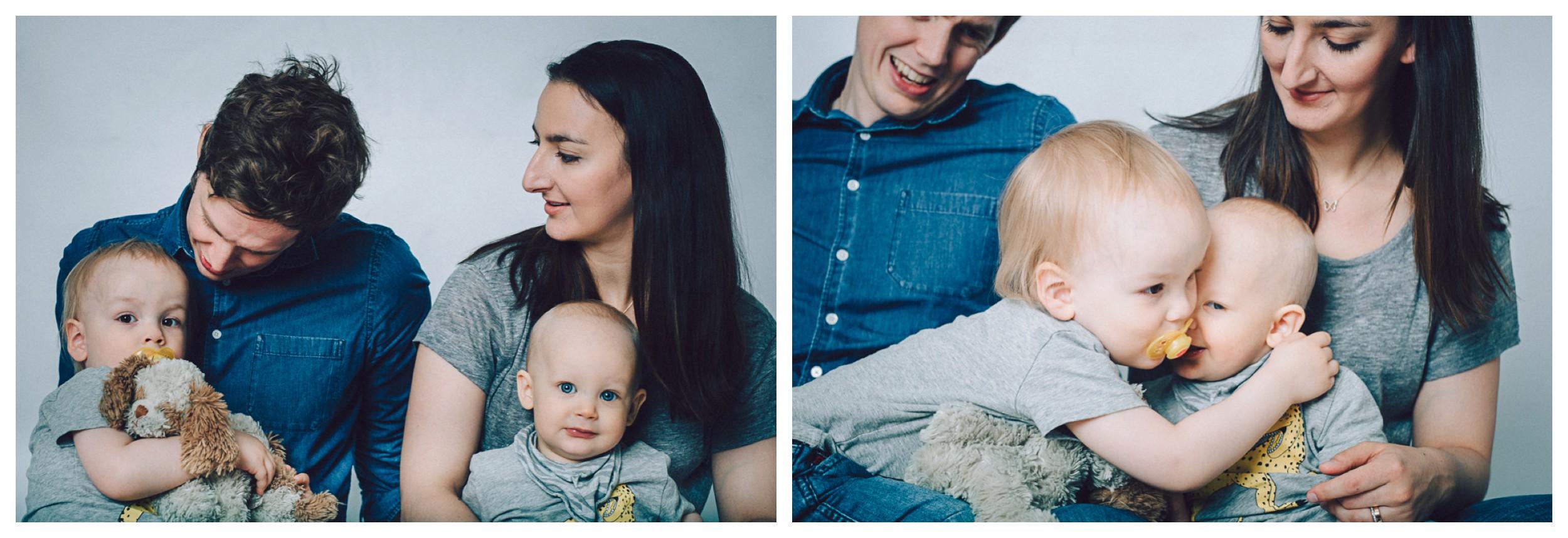 familjefotograf stockholm,familjefotograf vallentuna, familjefotograf bagarmossen, familjefotografering i stockholm, familjefoto, barnfotograf stockholm, studiofotograf, linda rehlin, cecilia pihl,