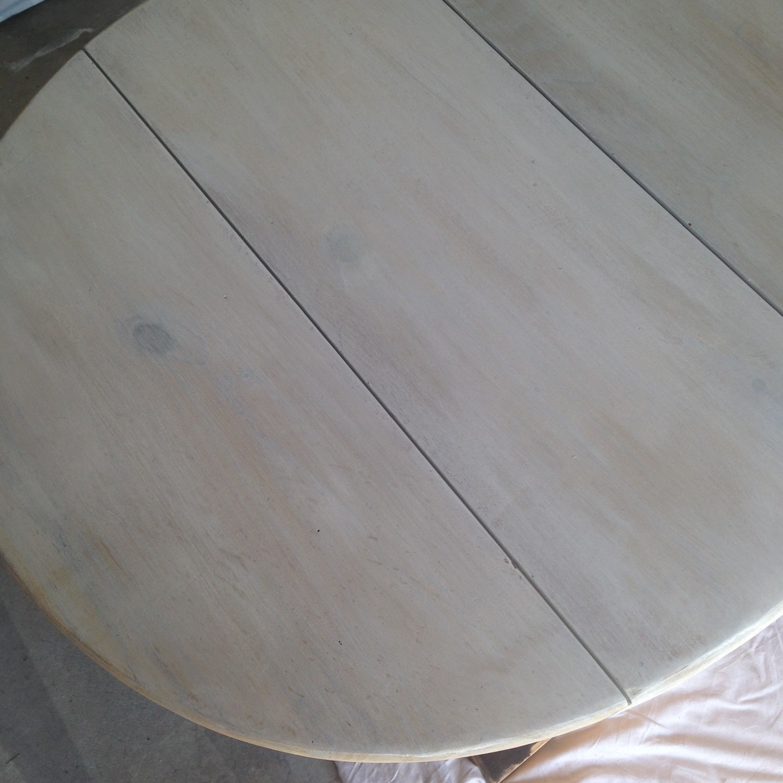 Milk-Paint-table-top