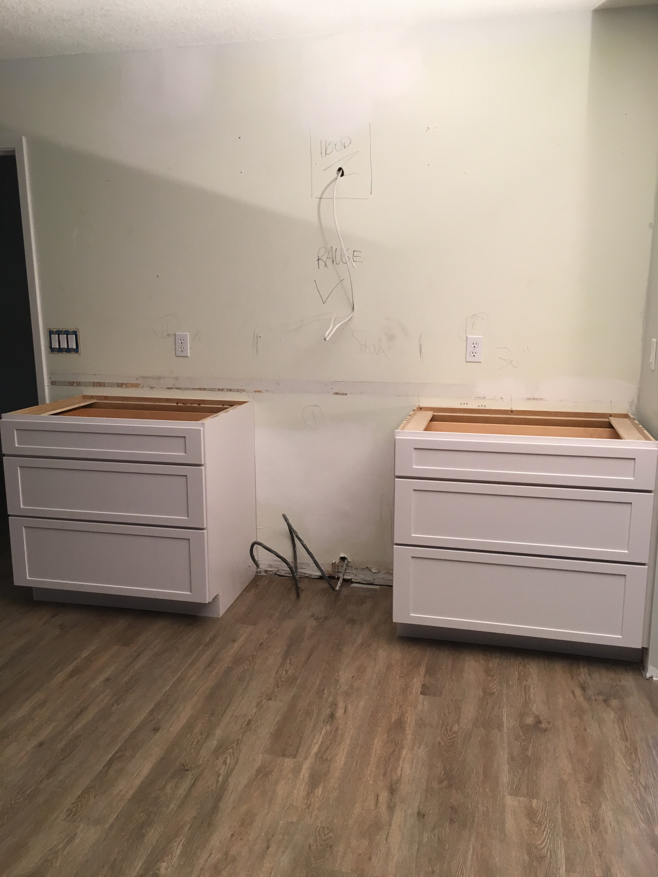 White Shaker Cabinets and Farm Sink