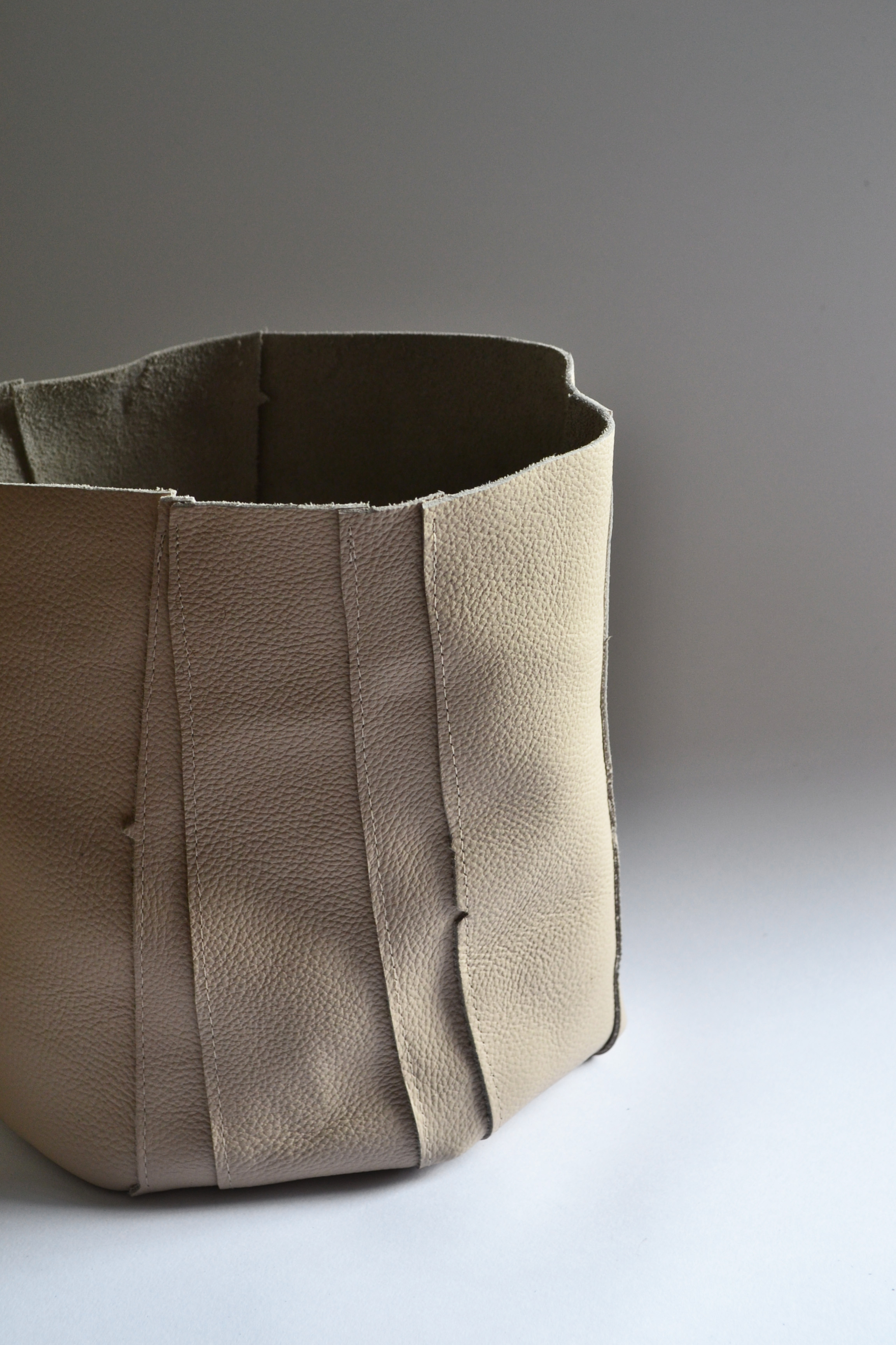 upcycled_leather_bag