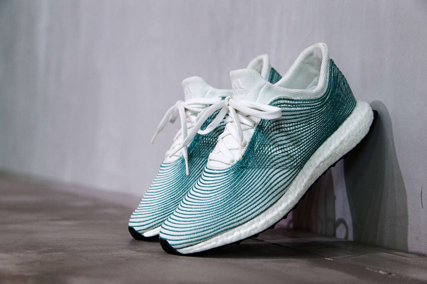 Parley collaborates with different creators and brands to bring to life a series of products that raise awareness of the need to protect our oceans - such as the now famous shoes that use old fishing nets for their knit upper