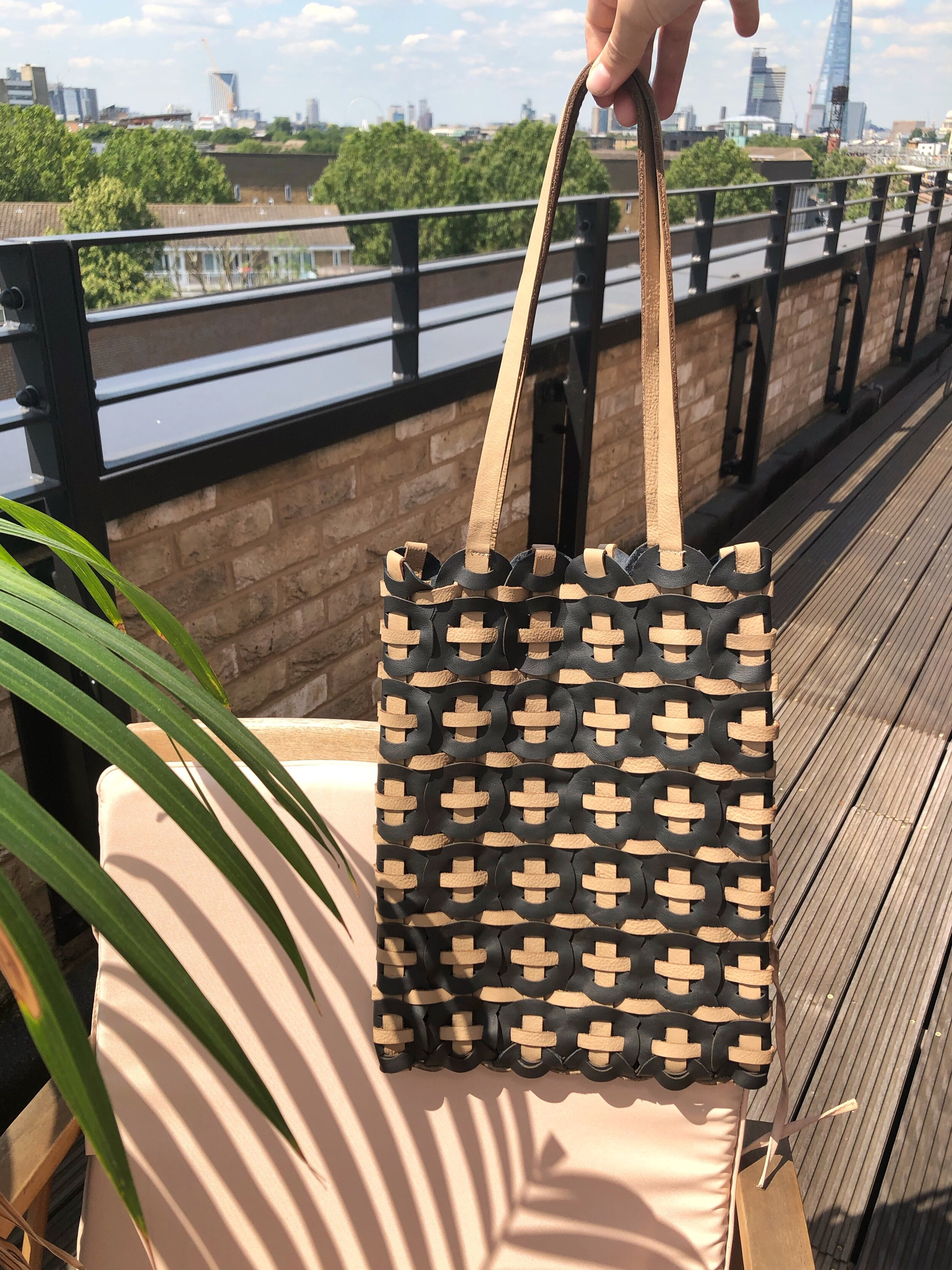 Woven-leather-bag-in-London.JPG