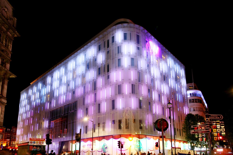 W-London-Hotel-Night-Lighting.jpg
