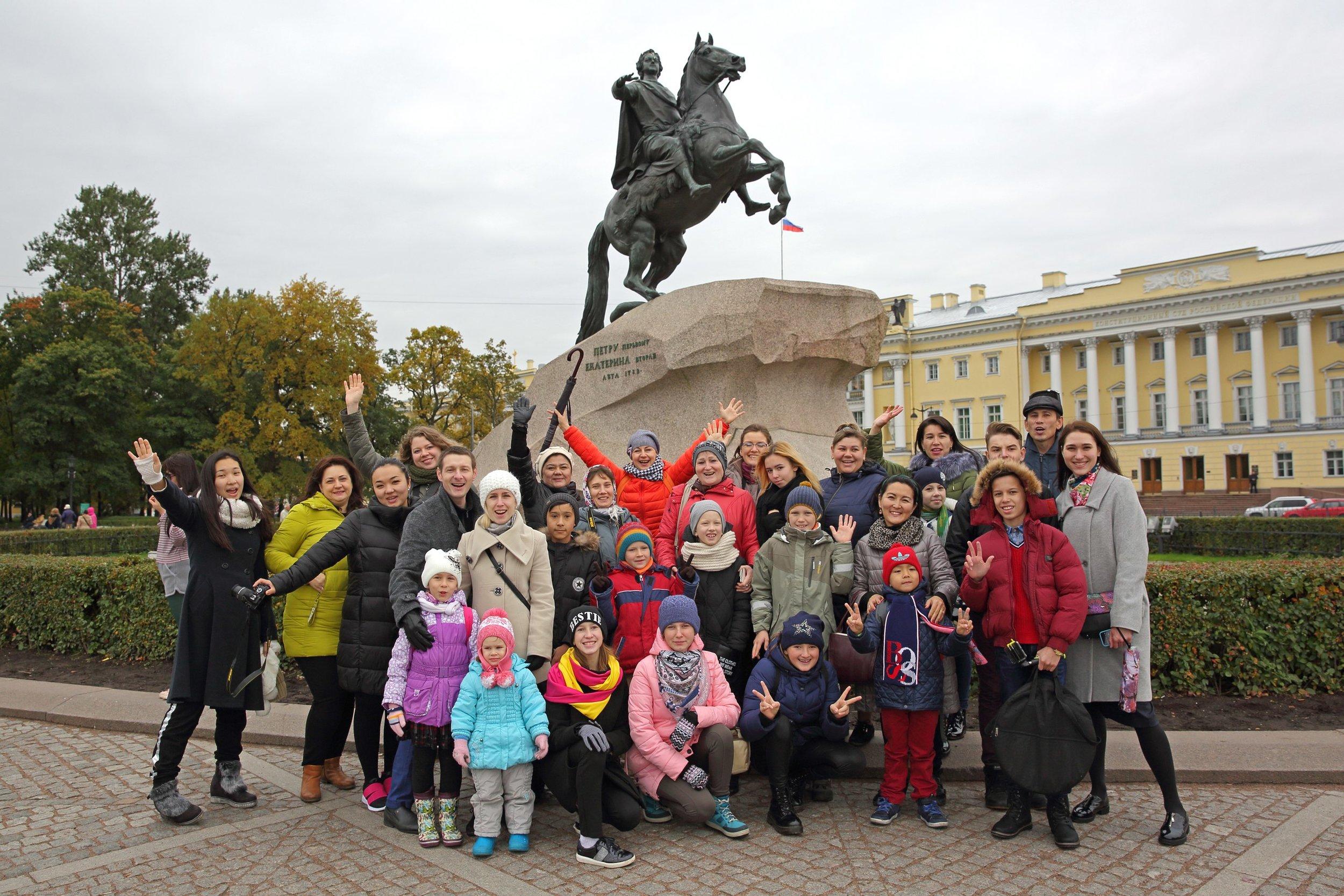 Финалисты фестиваля на экскурсии по Санкт-Петербургу