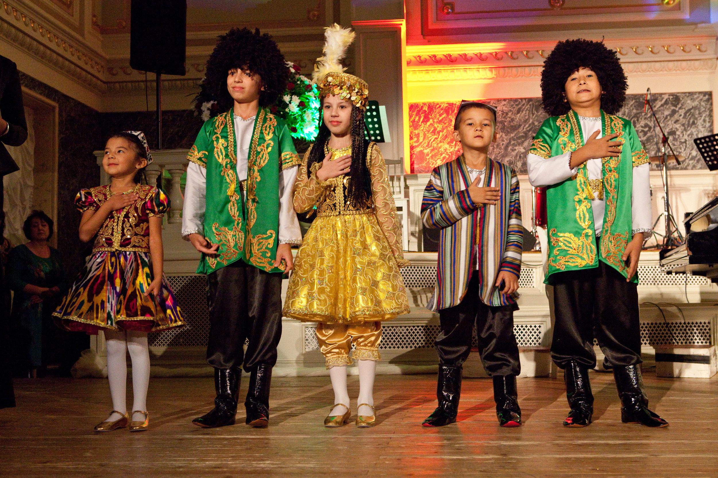 Поппури национальных танцев (Узбекистан)