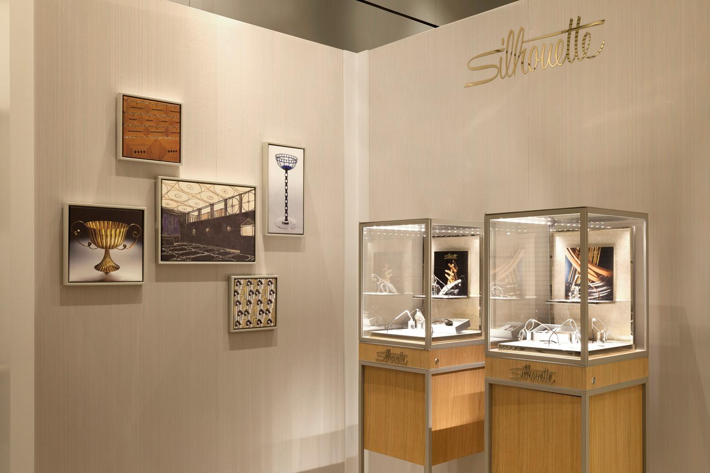 Exhibition Walls & Showcases / Fashion Show