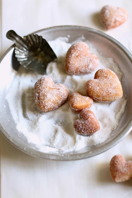 homemade-doughnut-recipe-(6)-O.jpg