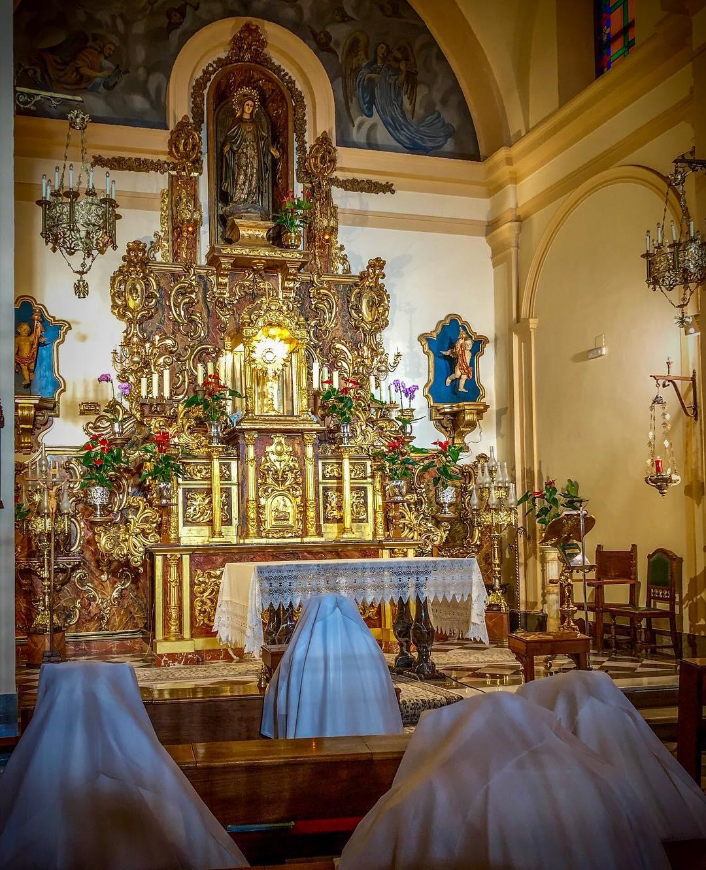 Nuns chanting in San Gregorio church, Granada, Spain