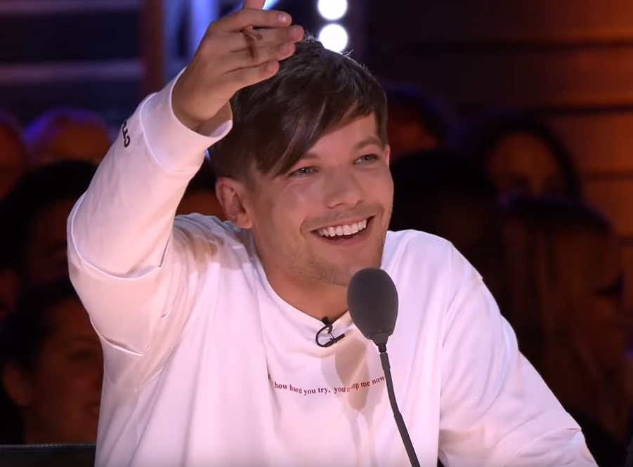 Episode 5 is our favorite Louis smile of the first half of the Season!