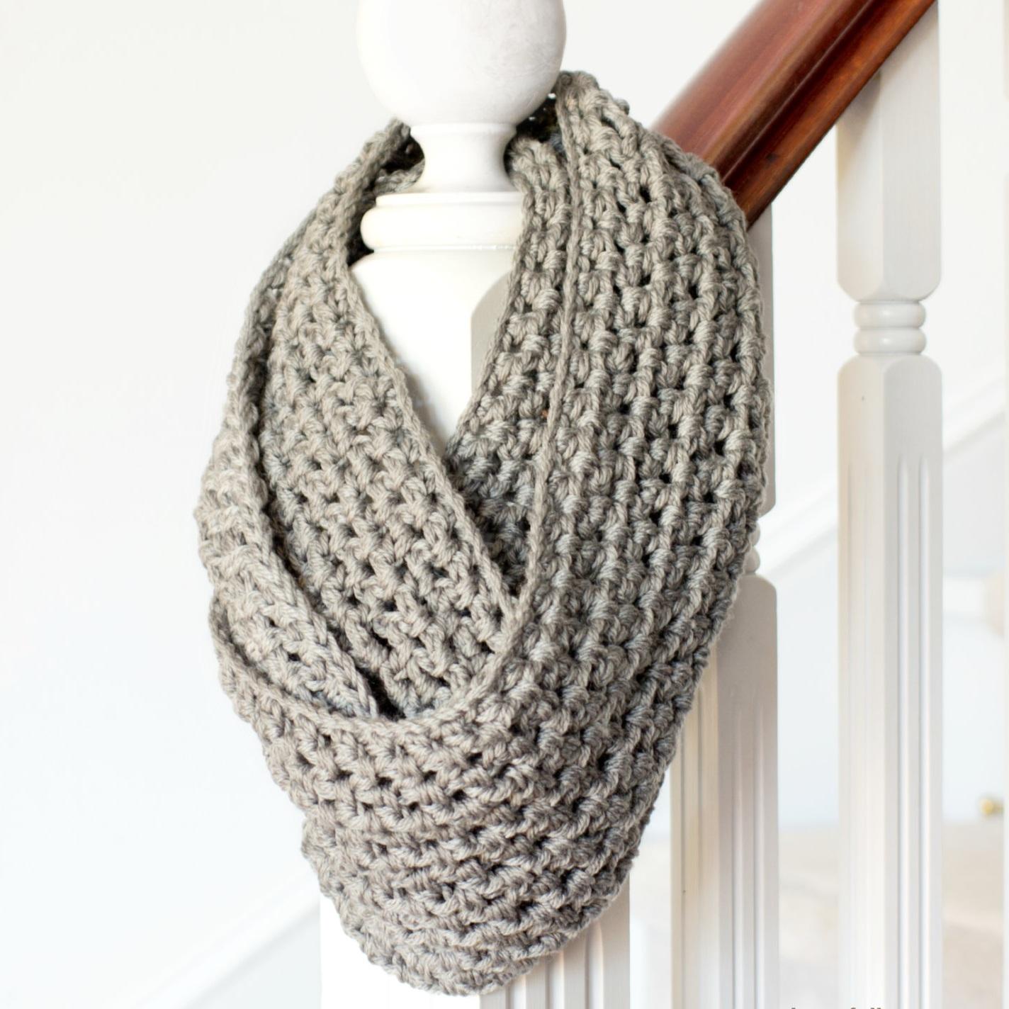 crochet+scarf.jpg
