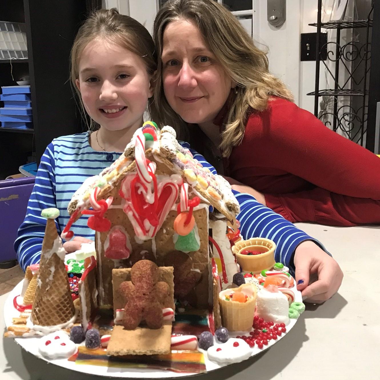 gingerbread house 1.jpeg
