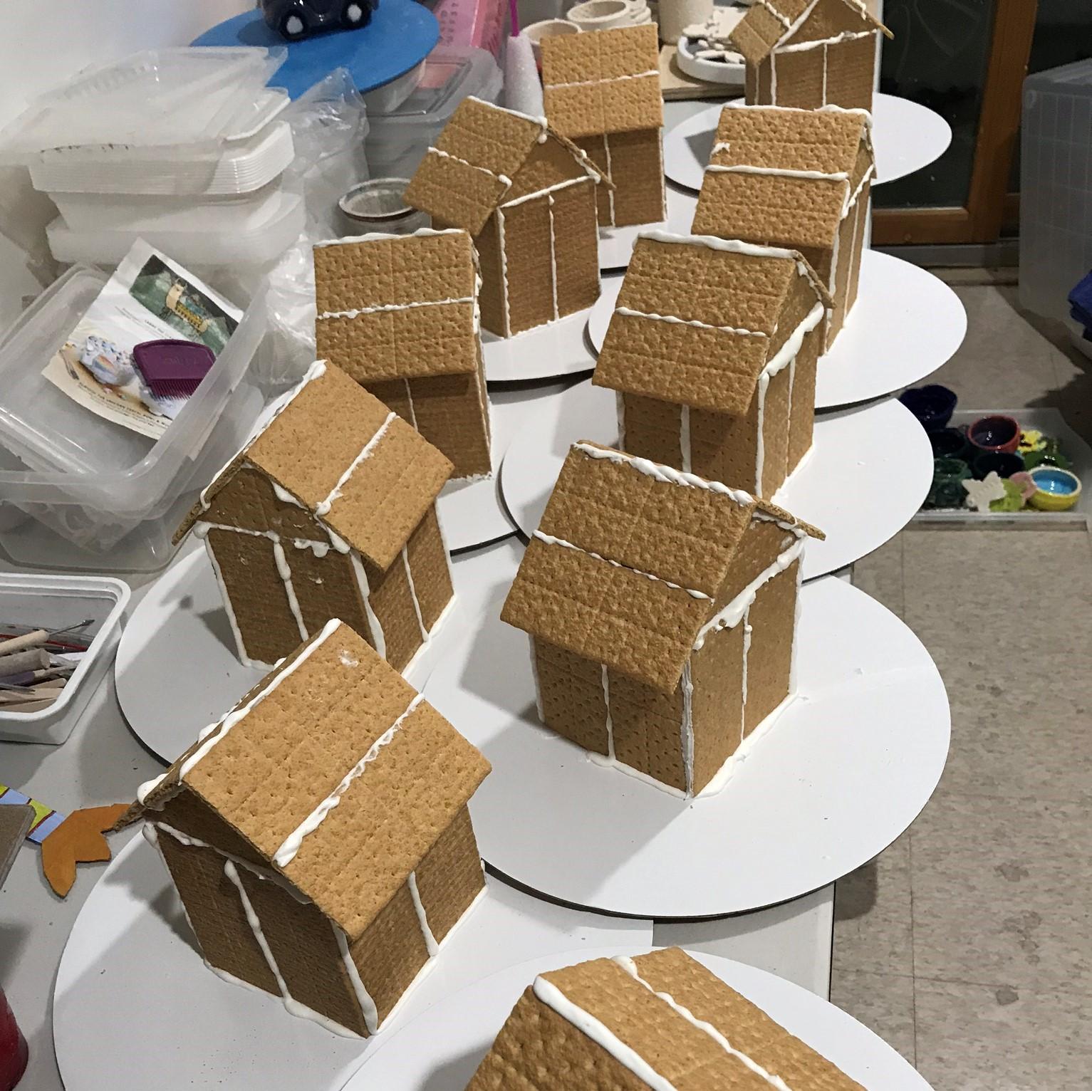 gingerbread house 4.jpeg