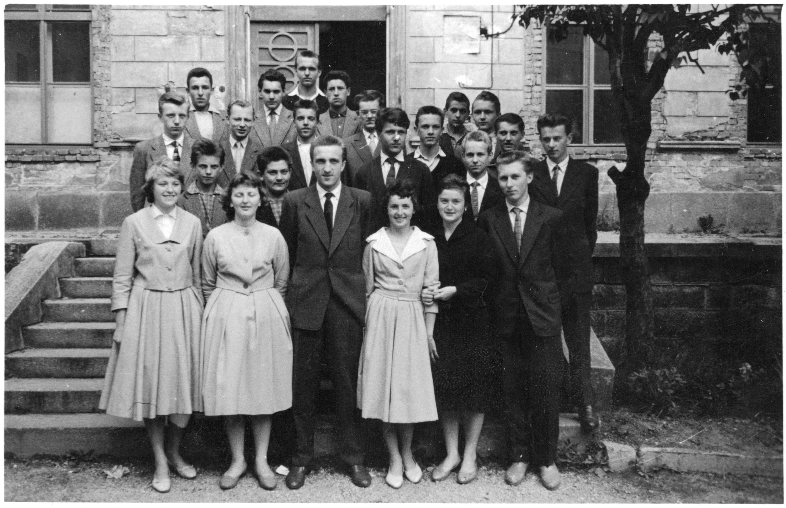 TŘÍDNÍM UČITELEM S2D 1958-1960 PRŮMYSLOVÁ ŠKOLA LIBEREC