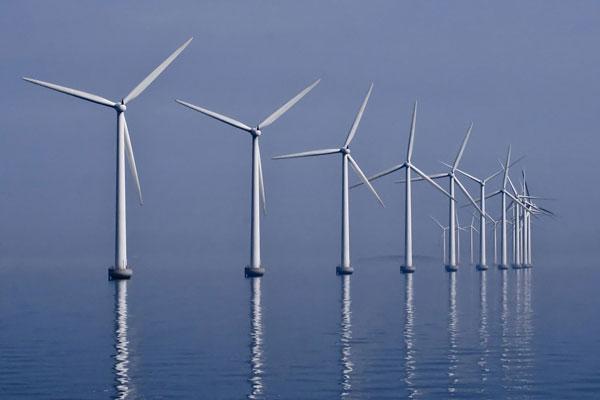 Middelgrunden_wind_farm_2009-07-01_edit_filtered.jpg