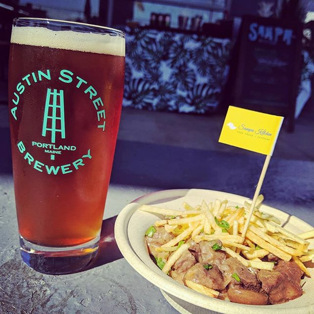 How 'bout an @austinstreetbrewery  Oktoberfest with that #strogonoff ? · #mainefoodtrucks #portlandmaine #tinyhouse #portlandmainefood #mainefood #portlandme #mainebeer #visitportlandme  #207foodtrucks #mainefoodie #lovemaine #portlandoldport #eatmaine #mainelife #loveportlandme #brazilian #catering #foodtruck #foodtrucklife