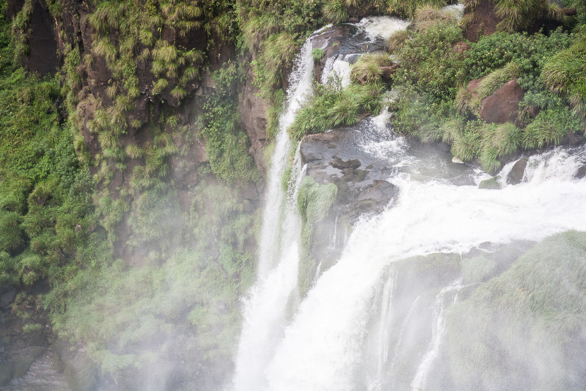 iguazu-falls-4.jpg