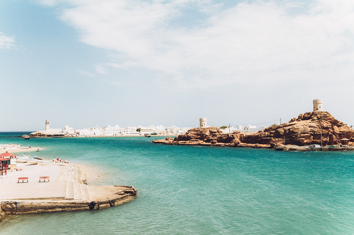 sur - Sur is known for its Dhow boat factories and the abundant oases, known as wadis, with their turquoise water and jagged peaks.