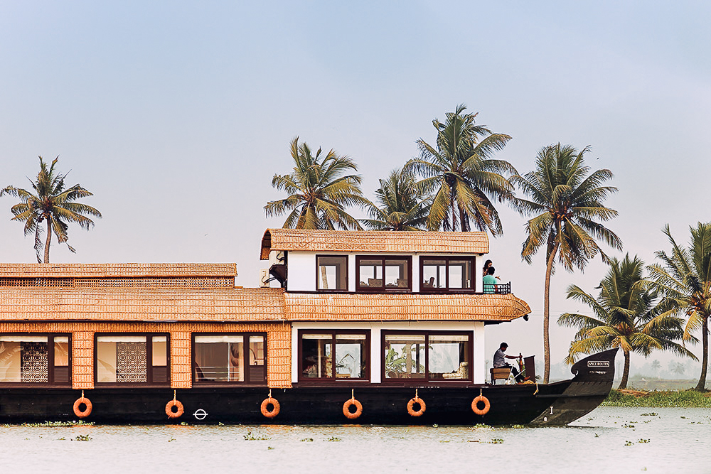 Alleppey - Cruise along Kerala's calm backwaters, lined with palm trees and dotted with agricultural islands, quiet villages and ancient temples.