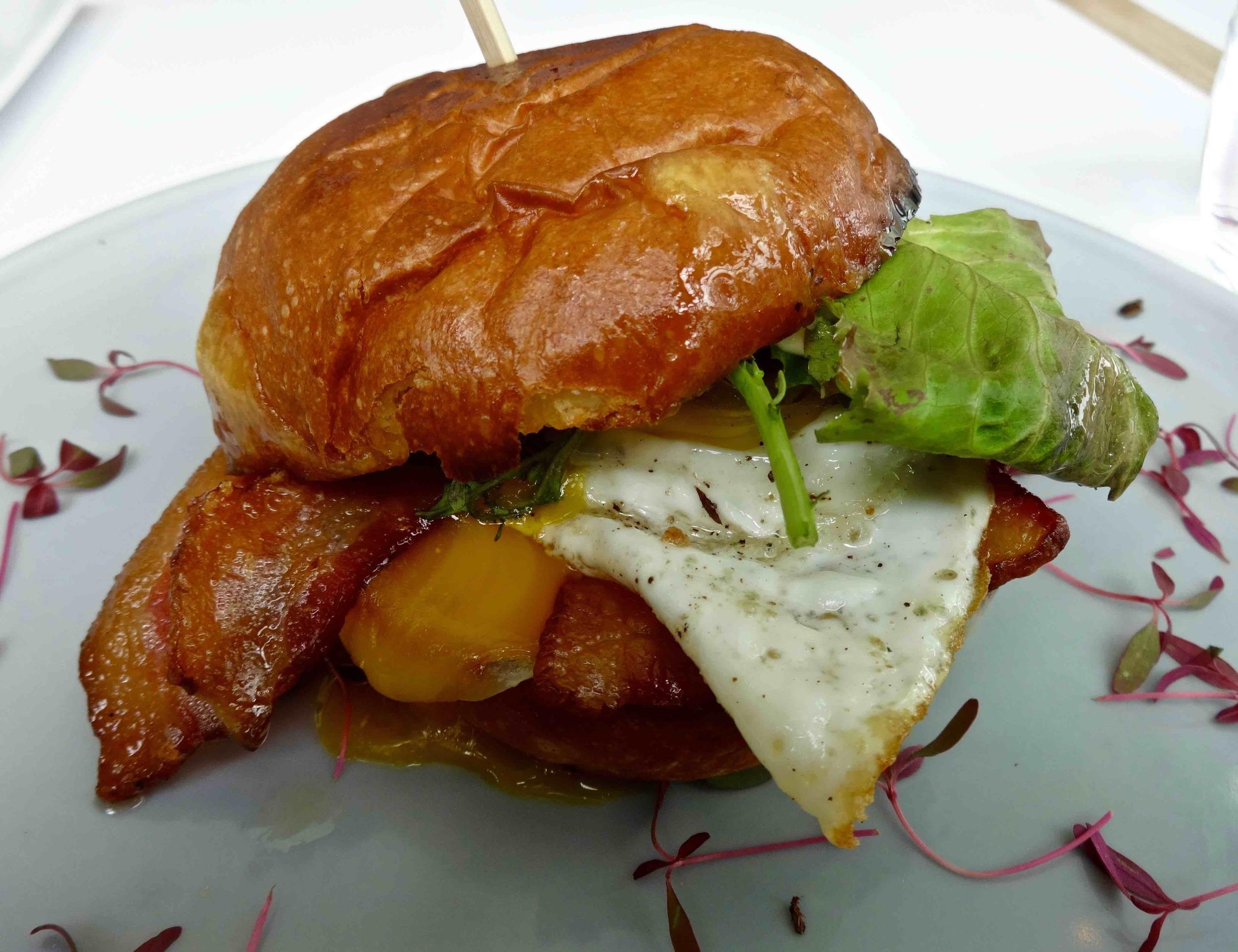 egg sando with bacon