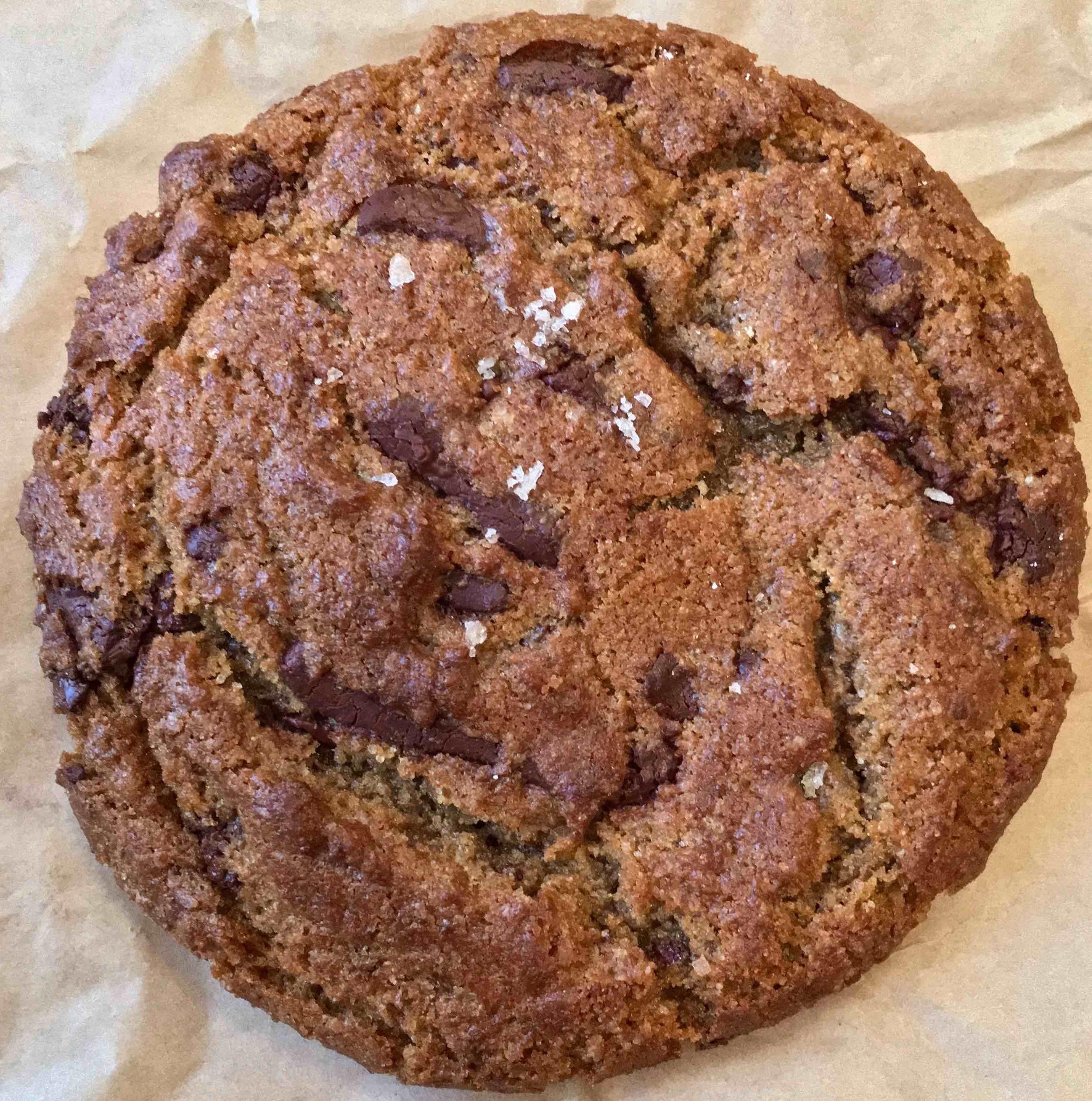 chocolate chip cookie with sea salt