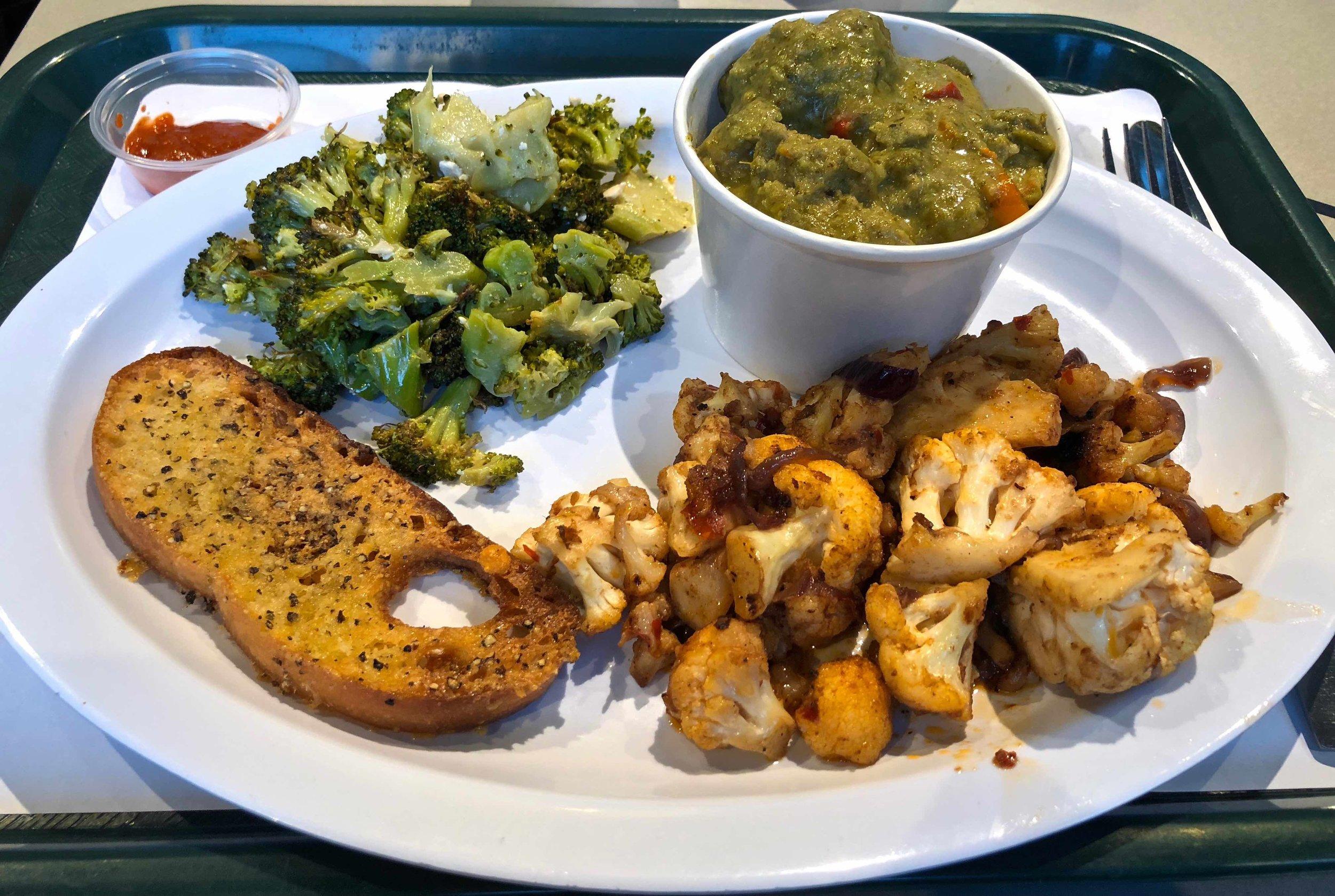 broccoli, cauliflower and green curry chicken meatballs